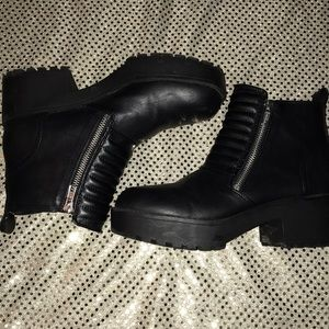 Black zip up  platform boots